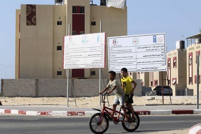 Deux tiers des 1,9 million de Palestiniens qui... (AFP, Said Khatib)