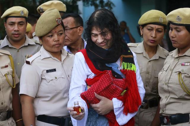Irom Sharmila, 44 ans, a mis un terme... (AP, Anupam Nath)