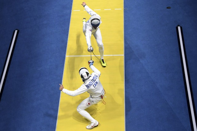 Le Gatinois Maxime Brinck-Croteau, lors de son duel... (Laurent Kalfala, AFP)