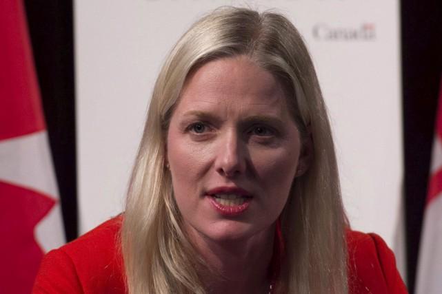 La ministre canadienne de l'Environnement Catherine McKenna a... (La Presse Canadienne, Adrian Wyld)