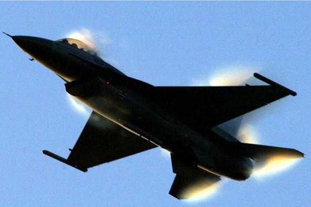 L'US Air Force est confrontée à une pénurie de pilotes de chasse pour faire... (ARCHIVES AFP)