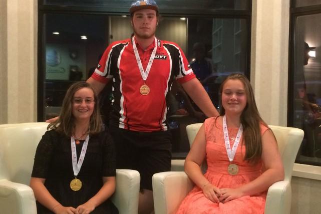 Les médaillés du club Le Sagittaire, Rose Thibault,... (Courtoisie)