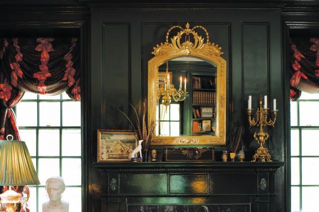 Martin de Blois a fait des miroirs sous... (Fournie par Martin De Blois)