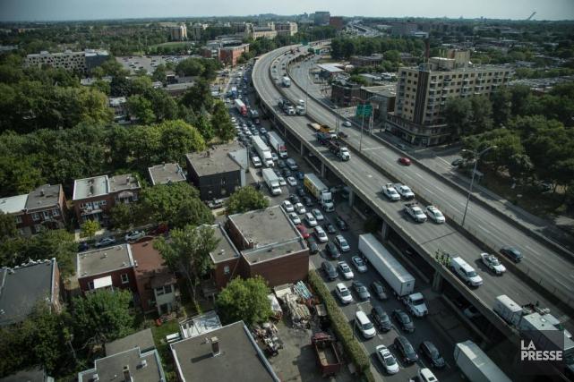 Le ministre des Transports Jacques Daoust envisage de... (Photothèque La Presse MATHIEU WADDELL)