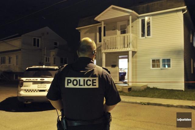 Les policiers de Saguenay ont été appelés sur... (Photo Le Quotidien, Rocket Lavoie)