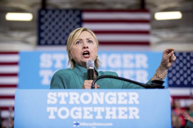 La candidate démocrate à la présidentielle, Hillary Clinton... (Photo Andrew Harnik, AP)