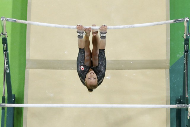 La gymnaste canadienne Ellie Black aux barres asymétriques.... (Photo Athit Perawongmetha, REUTERS)