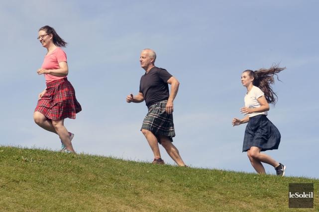 Trois membres de l'équipe du Festival celtique en... (Le Soleil, Jean-Marie Villeneuve)