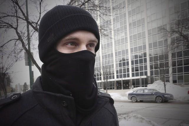 Aaron Driver, alors qu'il quittait le tribunal en... (Archives, La Presse Canadienne)