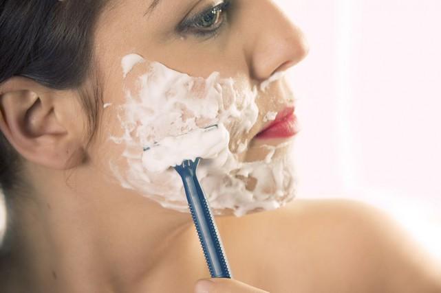 Si le rasage s'avère une méthode efficace pour... (photo thinkstock)