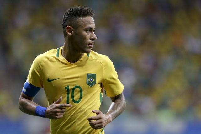 Le joueur étoile Neymar n'aura pas beaucoup d'autres... (AP, Leo Correa)