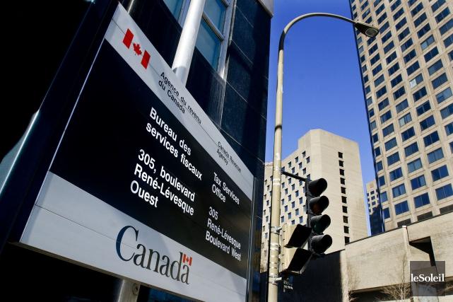 L'Agence du revenu du Canada et ses employés syndiqués sont parvenus à une... (Photothèque Le Soleil)