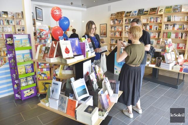C'était jour de fête dans les librairies des... (Le Soleil, Jean-Marie-Villeneuve)