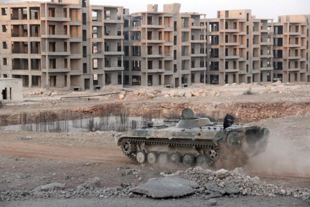 Sur un autre front de la guerre dans... (AFP)