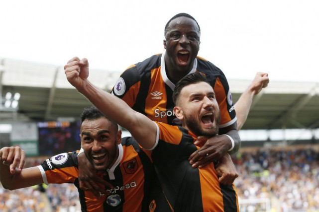Robert Snodgrass (droite) a marqué le but gagnant... (PHOTO CRAIG BROUGH, REUTERS)