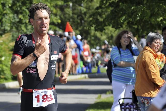 Frédéric Bouchard a laissé la compétition derrière au... (Photo Le Progrès-Dimanche, Rocket Lavoie)