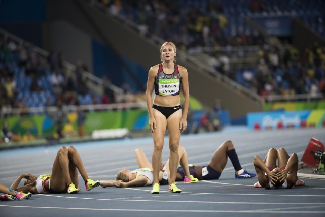 Brianne Theisen-Eaton a totalisé 6653 points, faisant preuve d'une... (Photo Lucas Oleniuk, Getty Images)