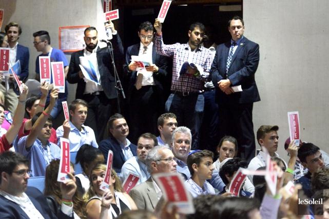 Le congrès des jeunes libéraux lance la saison... (Le Soleil, Jean-Marie Villeneuve)