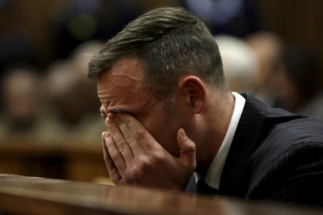 Selon l'hebdomadaire City Press, Oscar Pistorius a été... (Archives AP, Themba Hadebe)