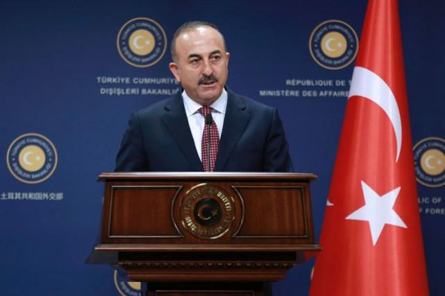 Mevlüt Cavusoglu en conférence de presse à Ankara... (PHOTO AFP)