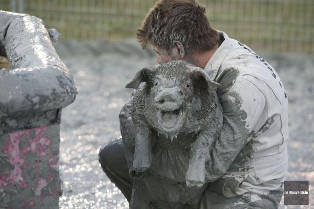 Les activités estivales au cours desquelles des cochons,... (Stéphane Lessard, Le Nouvelliste)