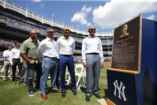 Les Yankees de New York ont dévoilé une plaque rendant hommage à l'ancien... (Rich Schultz, Associated Press)