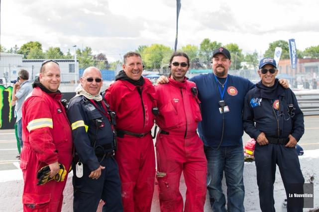 Le travail des pompiers volontaires est primordial pendant... (Olivier Croteau, Le Nouvelliste)