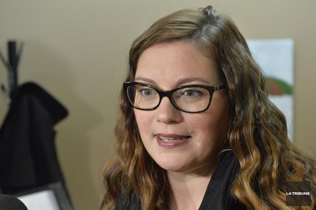 La députée Karine Vallières s'est faite cinglante à... (Archives La Tribune, Maxime Picard)