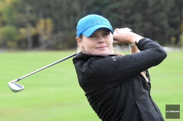 La golfeuse Maude-Aimée LeBlanc participera à la Coupe... (Archives La Tribune, Maxime Picard)