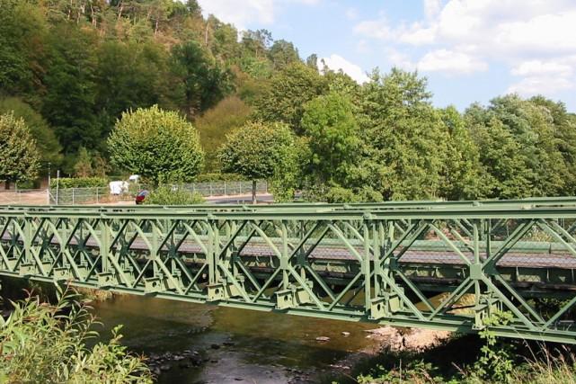 Un pont de type Bailey.Ces ponts sont des... (Christian Amet, Wikimedia Commons)