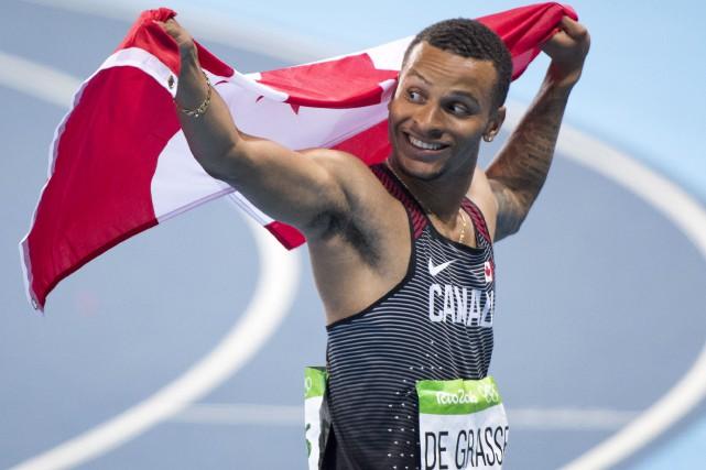 Andre De Grasse a remporté la médaille de... (La Presse Canadienne, Frank Gunn)