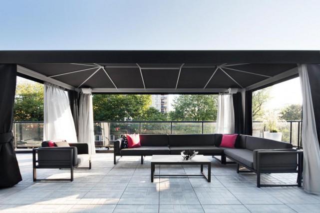 abris de jardin high tech danielle bonneau cour. Black Bedroom Furniture Sets. Home Design Ideas