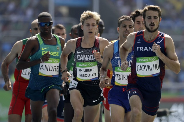 Le Canadien Charles Philibert-Thiboutot (au centre) a terminé huitième... (Photo David J. Phillip, AP)