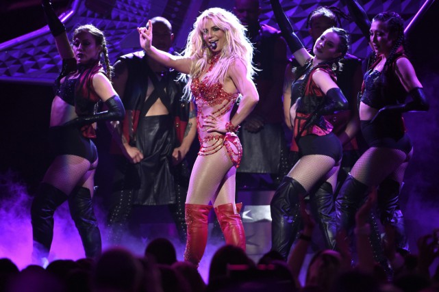 Britney Spears lors d'une prestation aux Billboard Music... (PHOTO ARCHIVES AP)