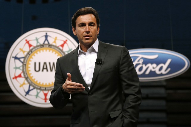 Le patron de Ford, Mark Fields.... (Photo Paul Sancya, archives AP)