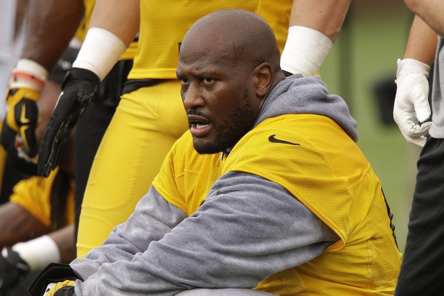 Le secondeur James Harrison, des Steelers de Pittsburgh.... (Photo Gene J. Puskar, AP)