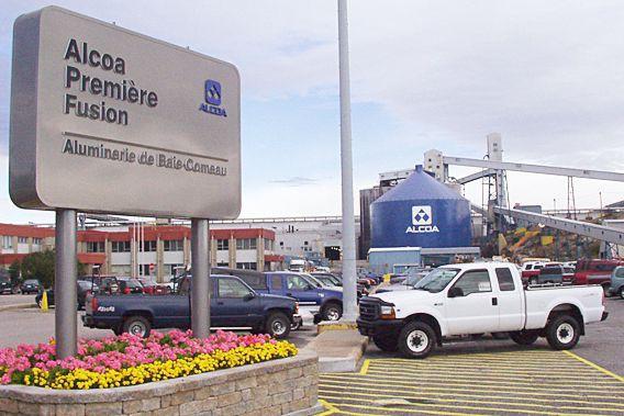 L'usine Alcoa de Baie-Comeau... (Photothèque Le Soleil)