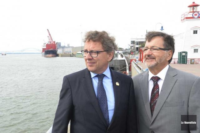Le ministre délégué aux Affaires maritimes Jean D'Amour... (Sylvain Mayer, Le Nouvelliste)