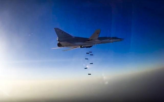 La Russie a bombardé pour le deuxième jour... (PHOTO AP)