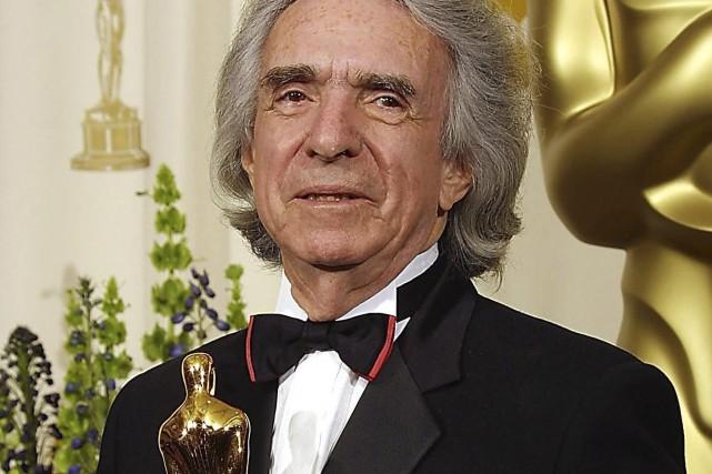 Le réalisateur canadien Arthur Hiller areçu le prix... (AFP)