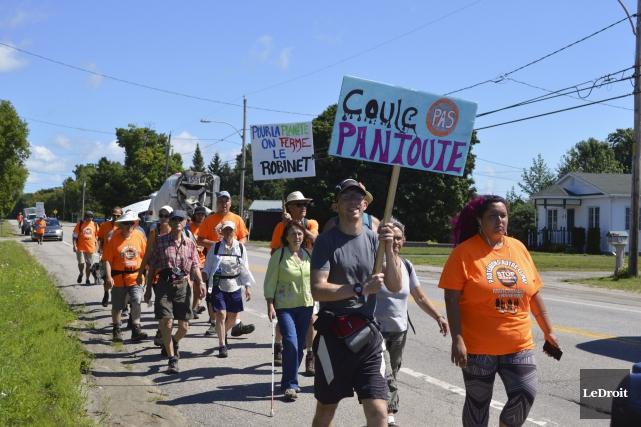 Les participants à la marche de mobilisation mettront... (Benoit Sabourin, LeDroit)