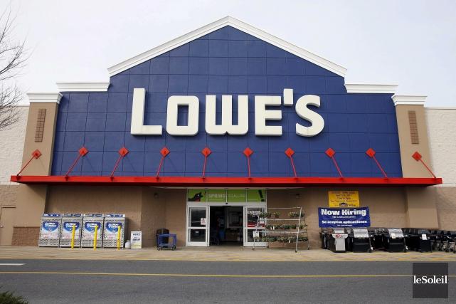 Avec l'achat de RONA, Lowe's possède maintenant plus... (Photothèque Le Soleil)