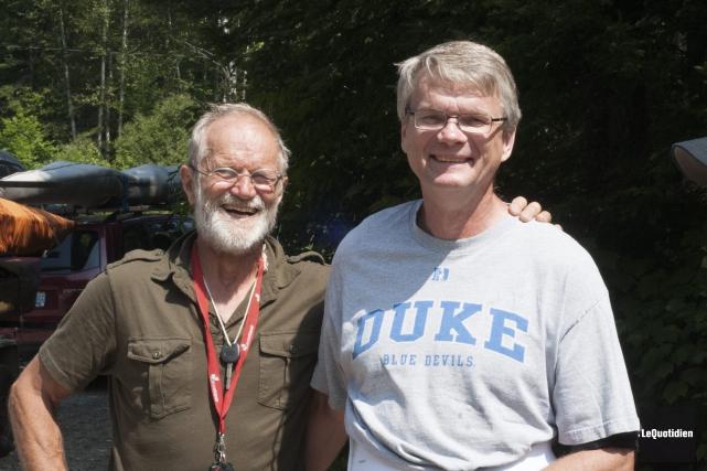 Ed Winacott et Harold Van Winssen comptent plusieurs... (Photo Le Quotidien, Michel Tremblay)