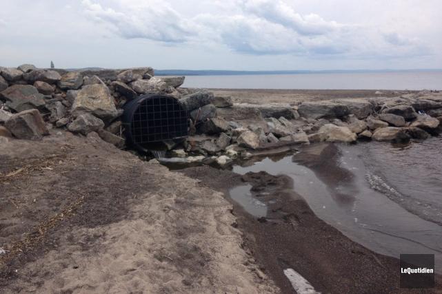 L'agriculteur responsable du déversement survenu à Métabetchouan-Lac-à-la-Croix risque... (Photo Le Quotidien, Laura Lévesque)