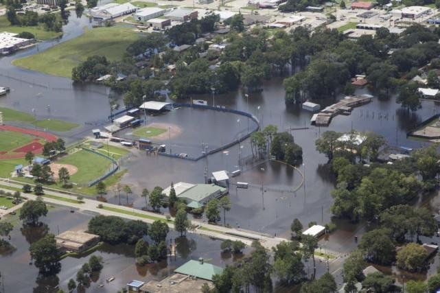 Des terrains inondées à Gonzalez.... (PHOTO VIA REUTERS)
