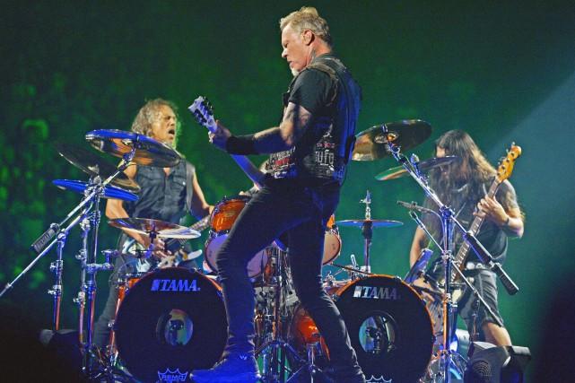 Metallica sur la scène du Centre Vidéotron... (Le Soleil, Jean-Marie Villeneuve)