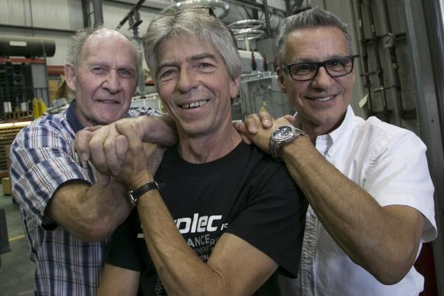 Robert Mercier (à gauche) a eu l'opportunité d'adresser... (Spectre Média, René Marquis)