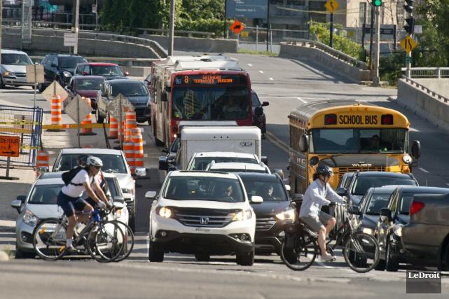 Même si parfois la circulation peut y être très dense aux heures de pointe, la... (Martin Roy, LeDroit)