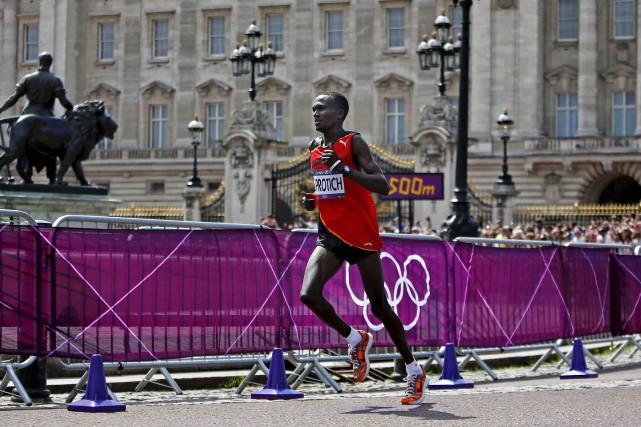 L'Ougandais Stephen Kiprotich tentera de garder sa médaille... (Archives AP, Emilio Morenatti)