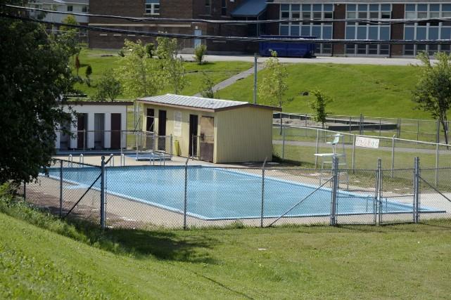 Les piscines de Saguenay ferment en majorité lundi,... (Photo Le Progrès-Dimanche, Jeannot Lévesque)